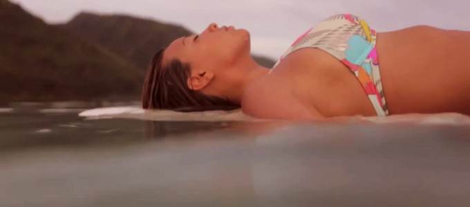 Reef-Welcomes-Tia-Blanco-Commercial